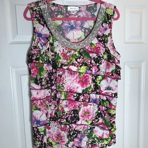 Dress Barn Tops - 🌸🌷🌿floral blouse 14/16 euc